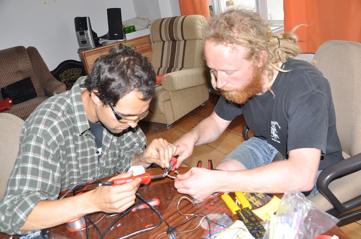 4_Bau der Elektronik im Freiraum 1435x953